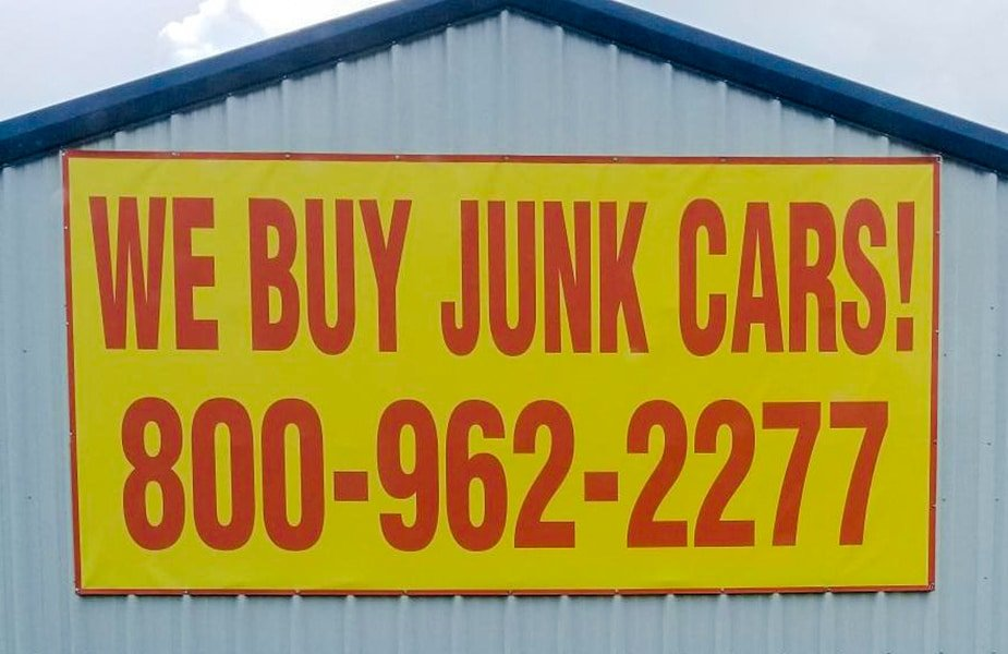 DVC Signs Exterior We Buy Junk Cars